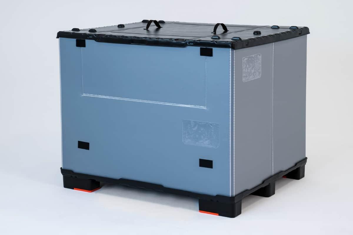 Falt Container Systeme Optimiert für den Einsatz von Überseetransporten im See-Container. Twin Sheet/TP P Palette mit Locator zur Verriegelung des Behälterrings. Behälterring aus Aircell® 10mm/3000g . Twin Sheet/TP P Deckel mit Rastnasen zur Arretierung.