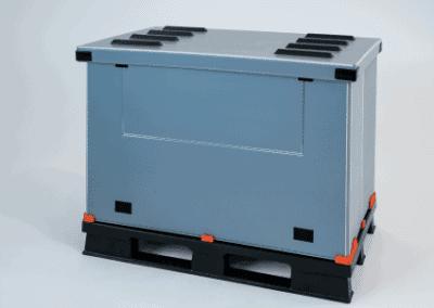 Kunststoffpalette wird zum Transportbehälter für lose Gegenstände